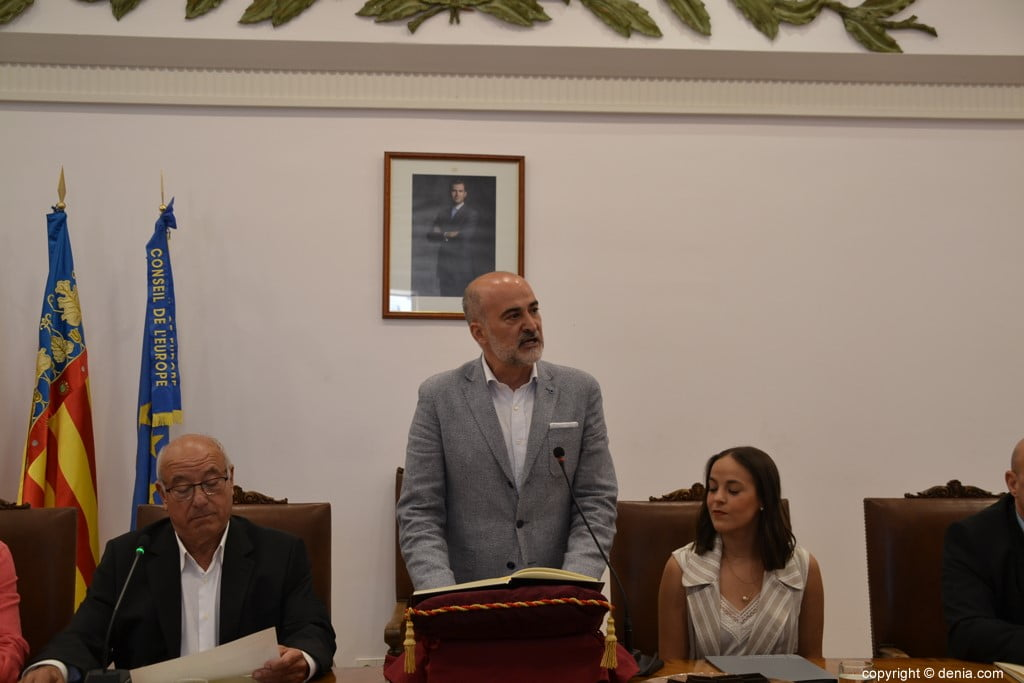 Grondwet van de gemeenteraad van Dénia - Javier Scotto