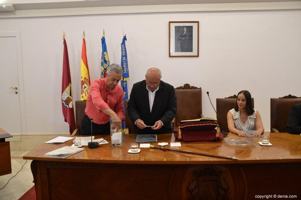 Grondwet van de gemeenteraad van Dénia - Aantal stemmen
