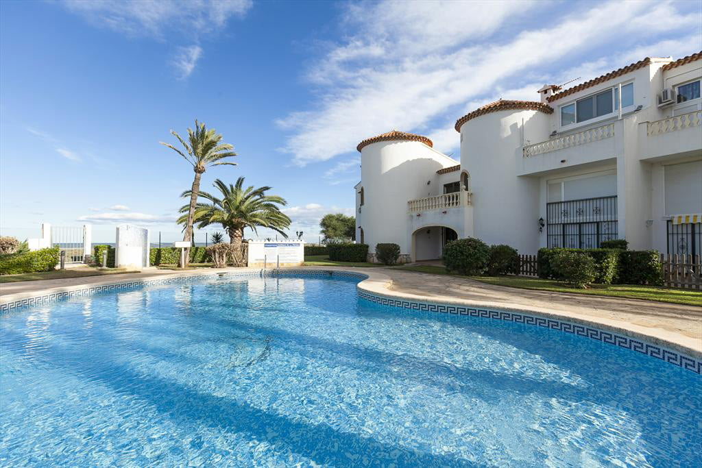 Квартира с бассейном аренда на отпуск Дения Quality Rent a Villa