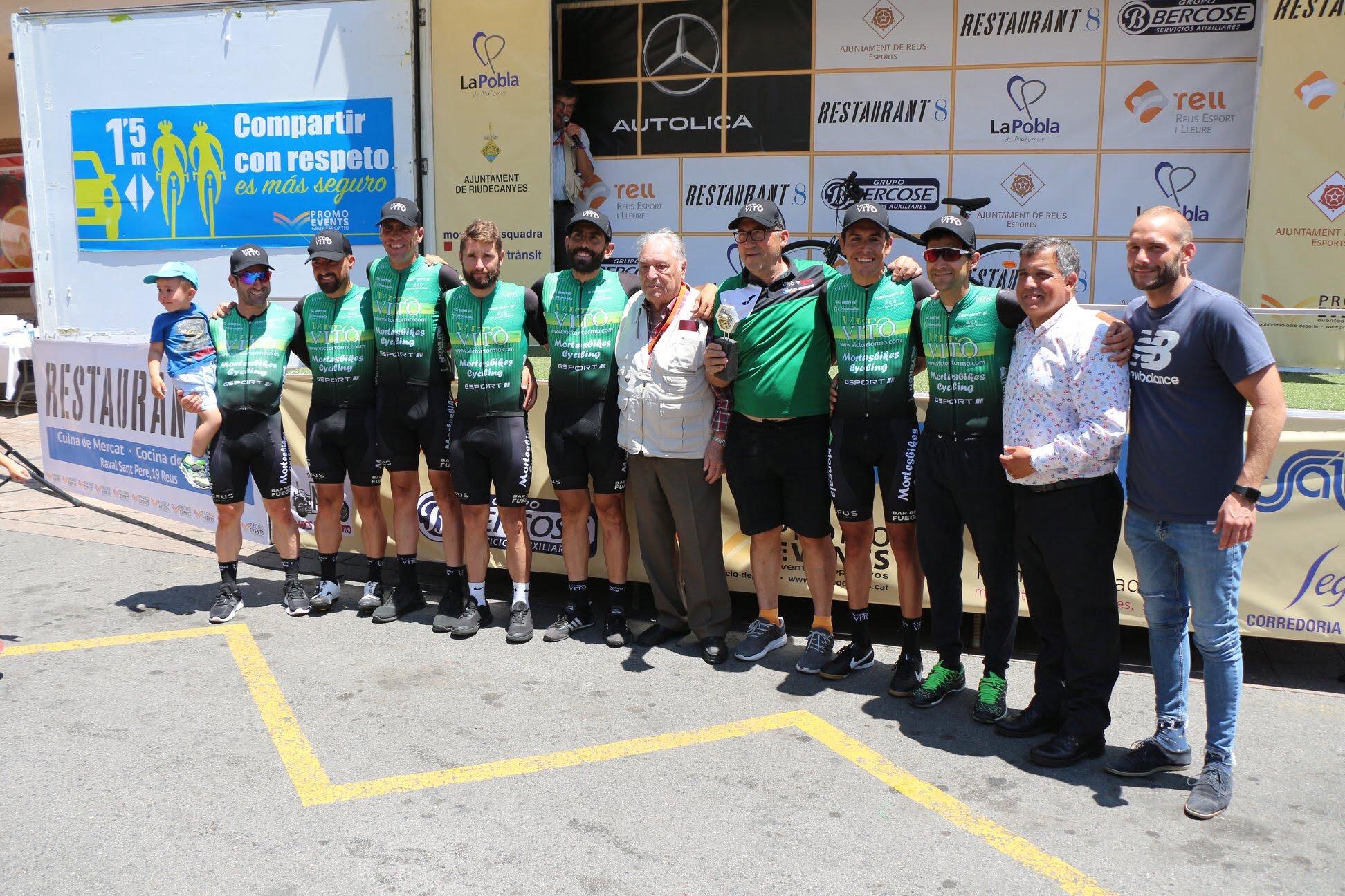 Ciclistas del UC Montgó en la Volta a Tarragona