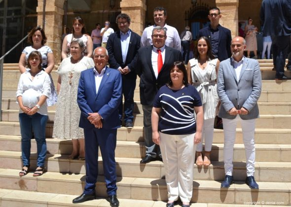 Afbeelding: raadsleden van het overheidsteam - PSPV-PSOE Dénia