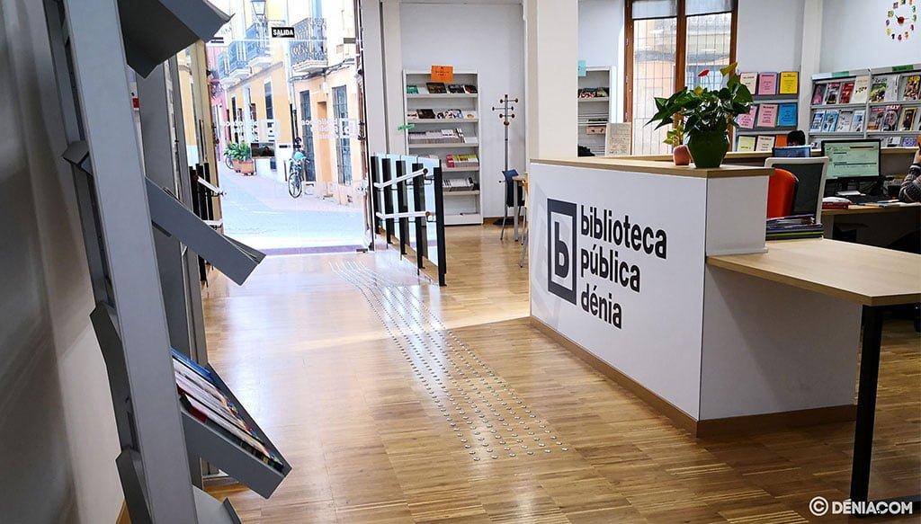 hall-entrada-biblioteca-carrer-sant-josep-denia-FB