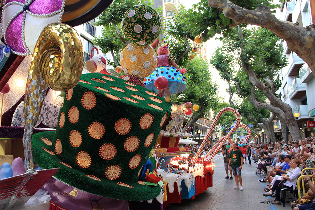 Floats Dénia 2019 - Falla Baix la Mar