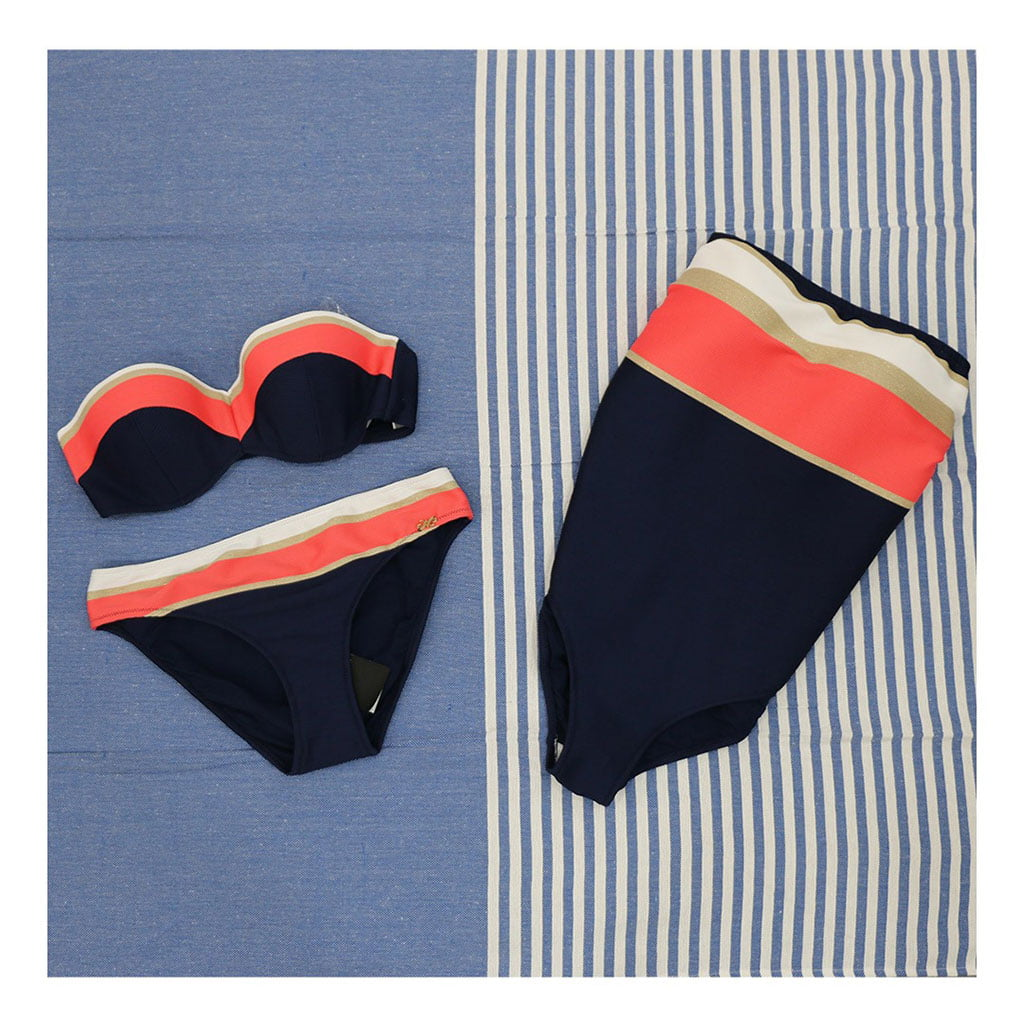 Comprar bikinis en Dénia – Marimandonas
