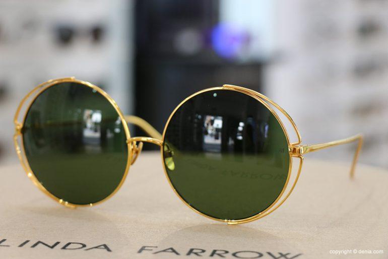 Acquista gli occhiali Linda Farrow a Dénia