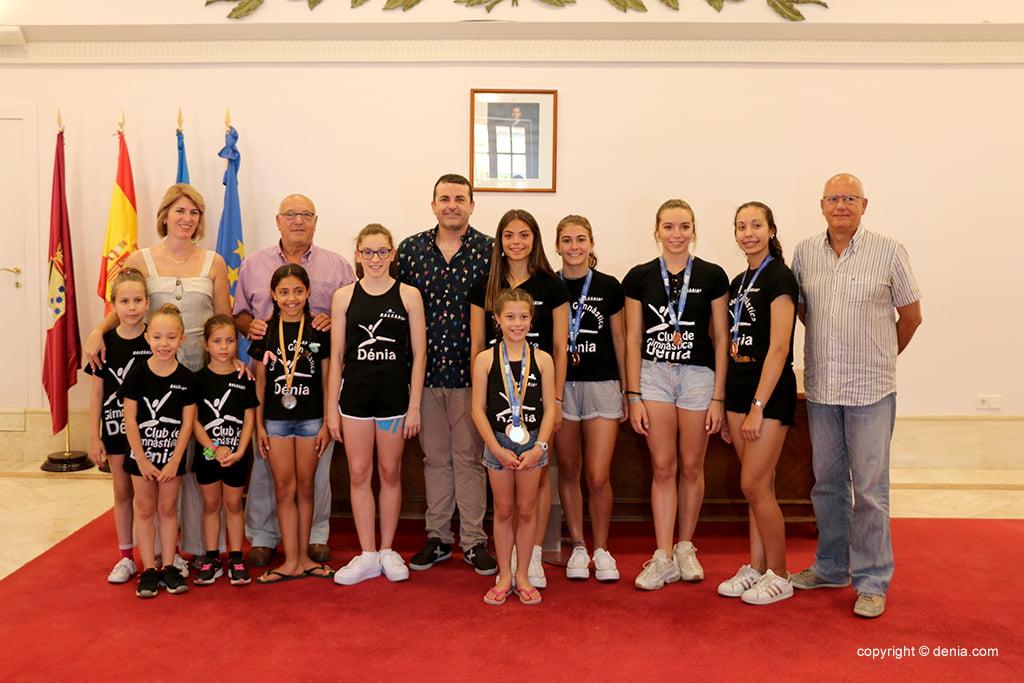El Ayuntamiento recibe al Club de Gimnàstica de Dénia