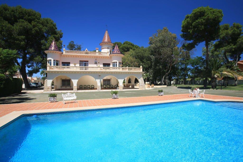 Original casa a la venda a Fine & Country Costa Blanca Nord