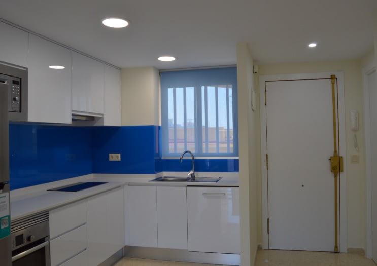 Reform kitchen in Dénia - Reformas Integrales Macamon
