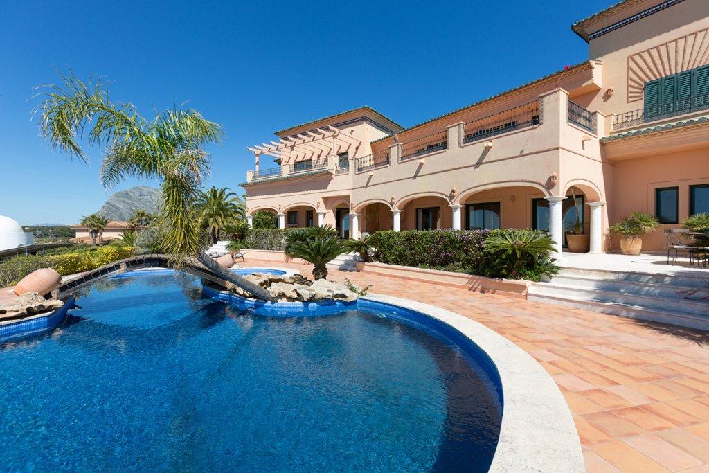 Habitatge amb piscina Fine Country Dénia