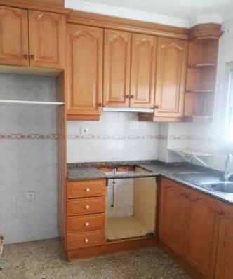 cocina-piso-en-patricio-ferrandiz-denia
