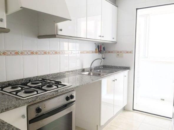 cocina-piso-en-venta-en-el-puerto-de-denia