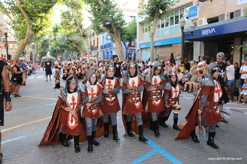 Desfilada infantil de Moros i Cristians 2019 20