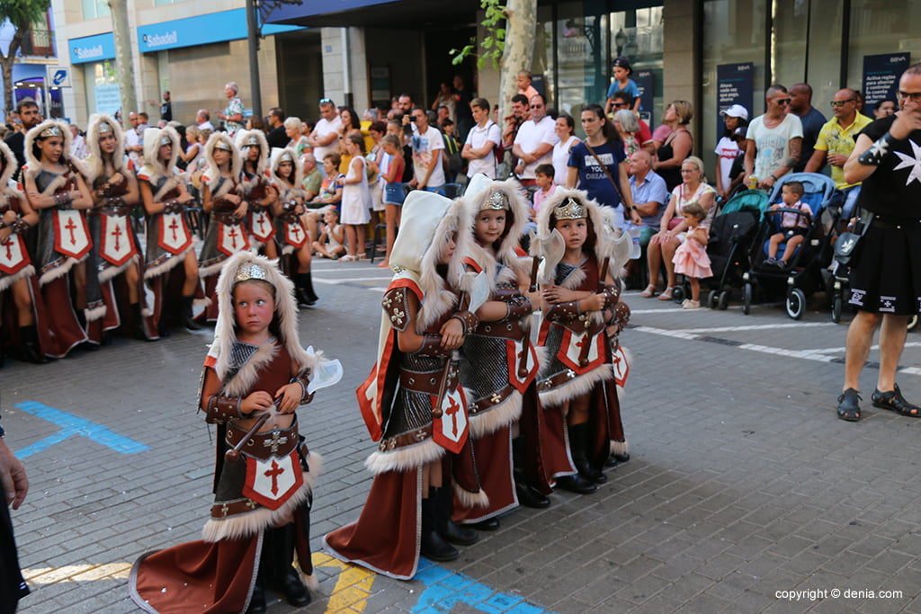 Desfilada infantil de Moros i Cristians 2019 21