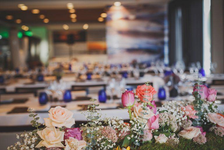 Украшение в гостиной - Свадьба и цветы