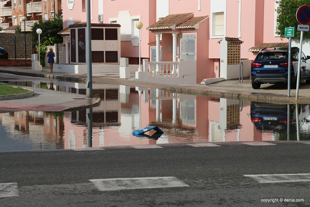 The consequences of rain and storm in Dénia - water covers Las Marinas
