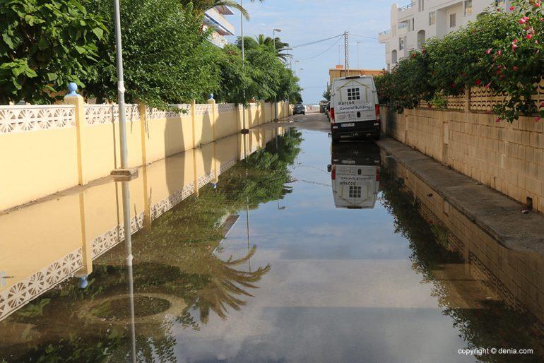De gevolgen van regen en storm in Dénia - wegomstandigheden
