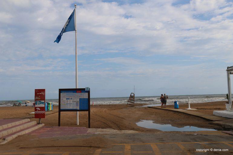 Le conseguenze della pioggia e della tempesta a Dénia - La spiaggia di Les Brises