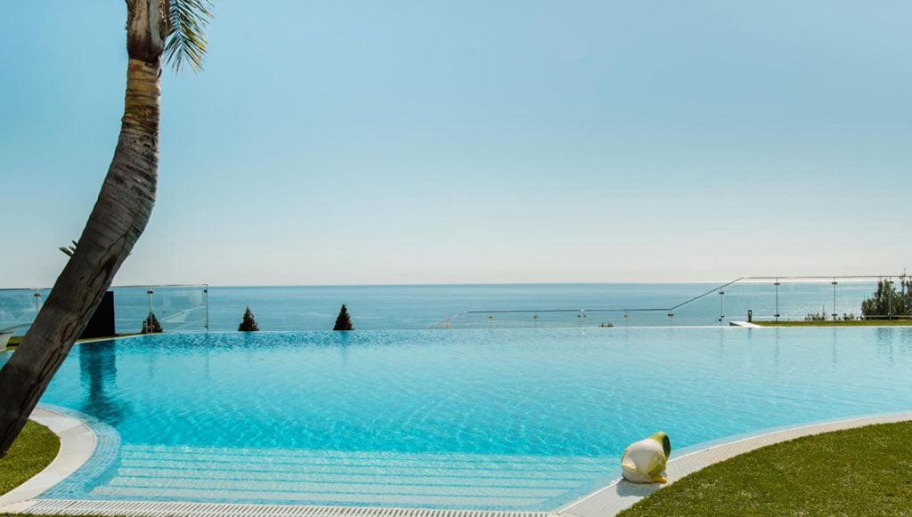Роскошная вилла в Морайре с пейзажным бассейном - Fine & Country Costa Blanca North