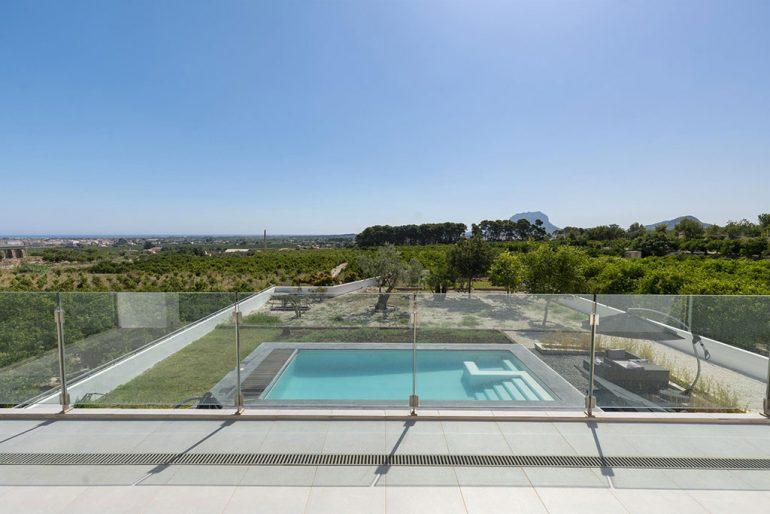 Vistas al Montgó en chalet de alquiler cerca de Dénia - Quality Rent a Villa