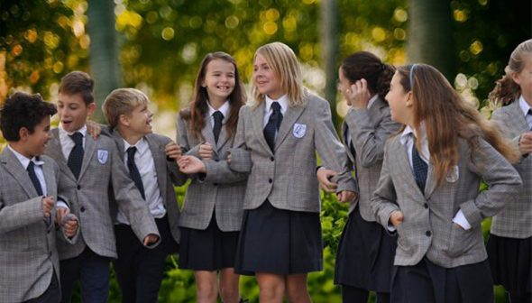 Imatge: Alumnes a The Lady Elizabeth School