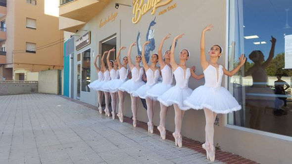Ballarines de ballet clàssic - Babylon Escola de Dansa