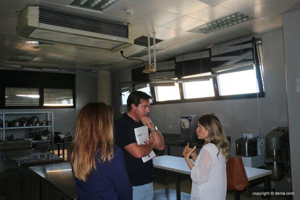 Imagen: Campos visita las instalaciones del CdT