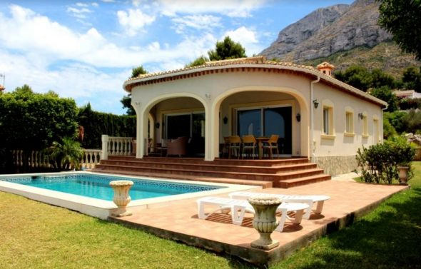 Image: Chalet for sale in Dénia - Stirling Ackroyd Spain