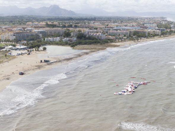 Imagem: Grandes ondas em Dénia
