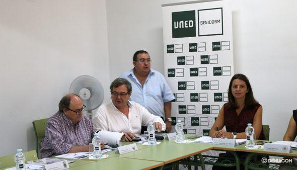 Imatge: El regidor Paco Roselló en el Ple de la Junta Rectora