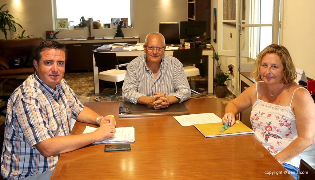 The director general of Tourism, Herick Campos, meets with the mayor of Dénia