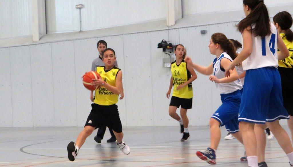 Toegang tot een kindermand met Dénia Basketball