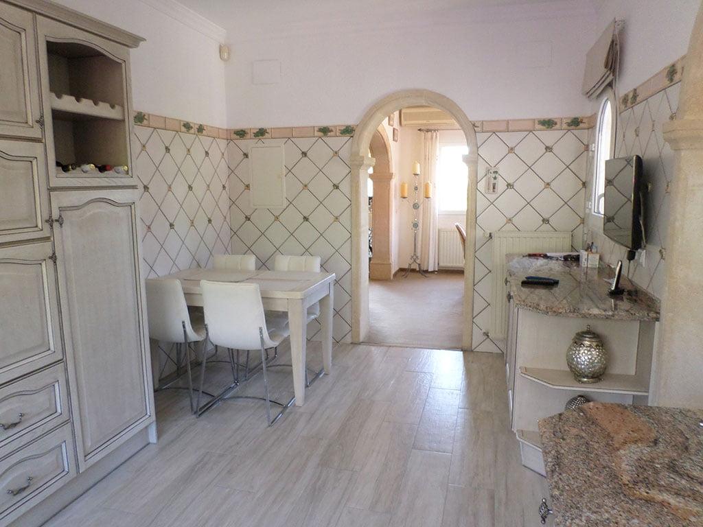 Interior acogedor de un chalet en venta en el Montgó – Promociones Denia, S.L.