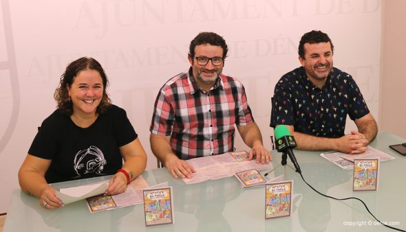 Image: Conseillers Mengual, Pérez Conejero et García de la Reina lors d'une conférence de presse