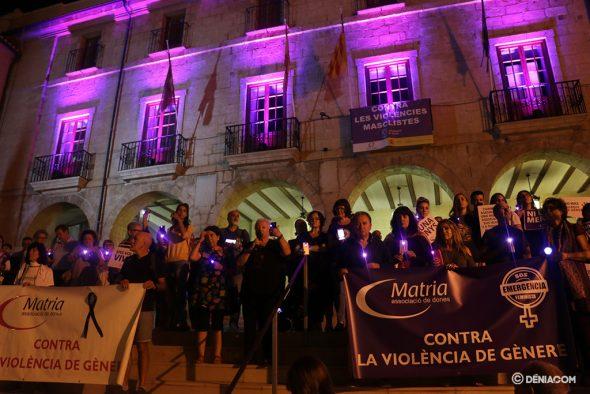 Bild: Violette Nacht in Dénia