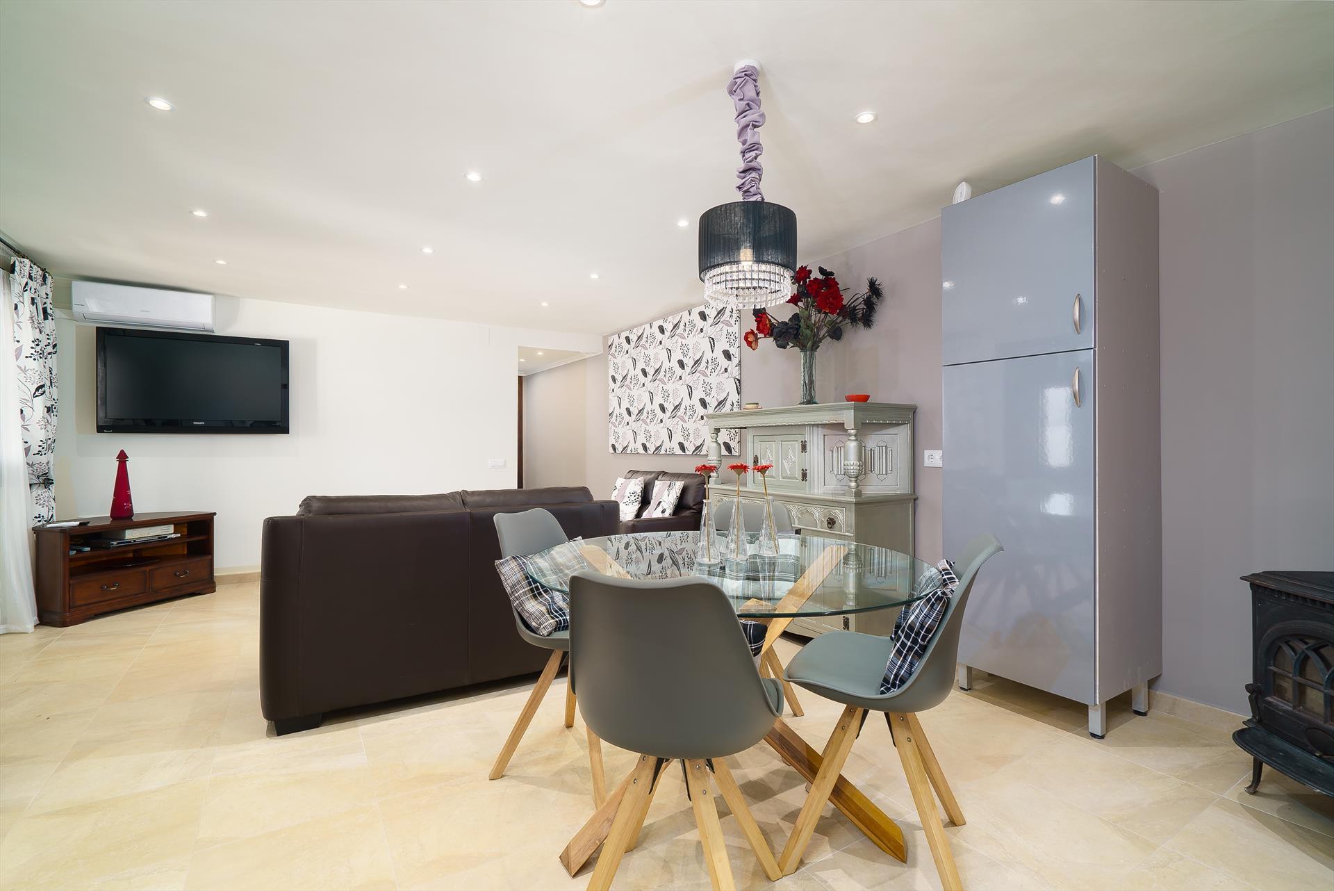 Salon d'une maison de luxe à louer - Aguila Rent a Villa
