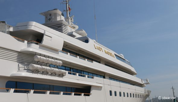 Image: Luxury visit in the port of Dénia