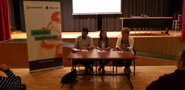Afbeelding: Act of més Compromís in the House of Culture