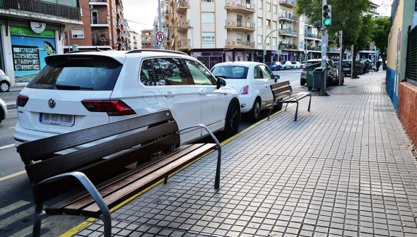 Imatge: Bancs nous a l'avinguda d'Alacant - Pressupostos Participatius