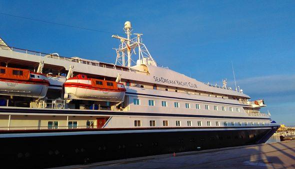 Изображение: круизное судно SeaDream II в Дении