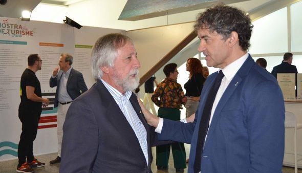 Imatge: El secretari autonòmic de Turisme, Francesc Colomer, al costat de Martínez