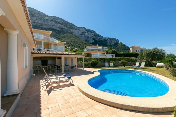 Image: Holiday rental with private pool - Quality Rent a Villa