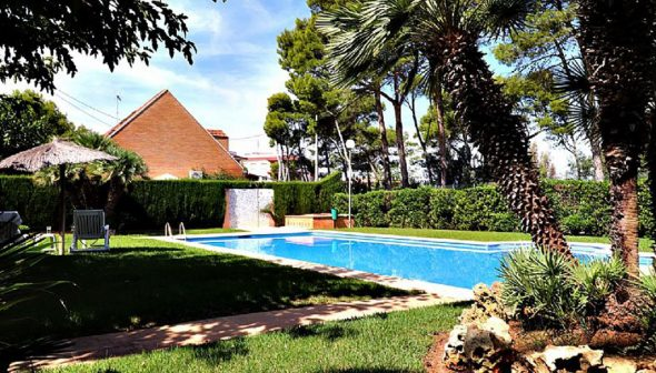Image: Garden in a townhouse for sale in Las Rotas (Dénia) - Euroholding