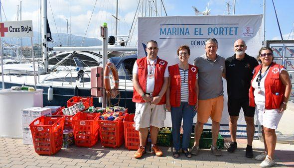 Afbeelding: Organisatoren en Rode Kruis Dénia
