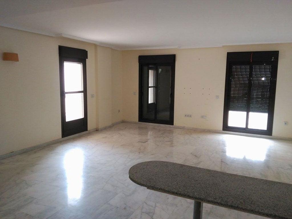 Salón piso de tres habitaciones a la venta en Moraira –  Mare Nostrum Inmobiliaria