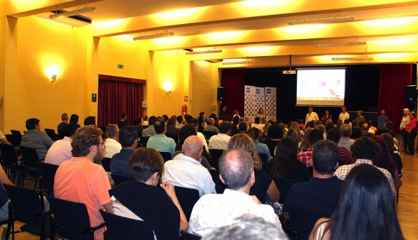Imatge: Presentació del curs de UNED Dénia