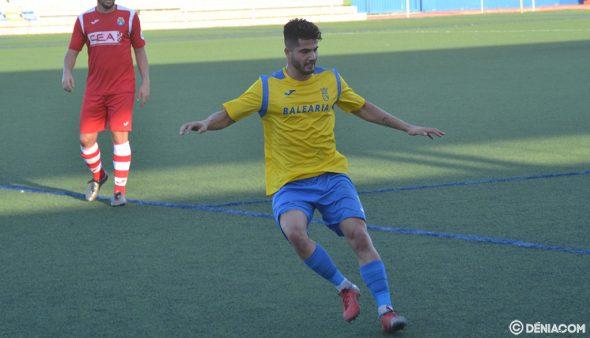 Imatge: Raúl, autor de l'únic gol de l'Dénia a L'Alcúdia