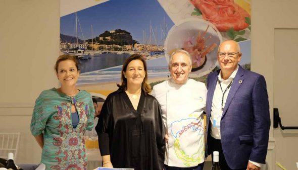 Изображение: Представительство Dianense на вечеринке в Саборея, Испания