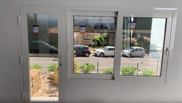 Image: Motorized screen for door and window - Alucardona Pvc y Aluminios SL