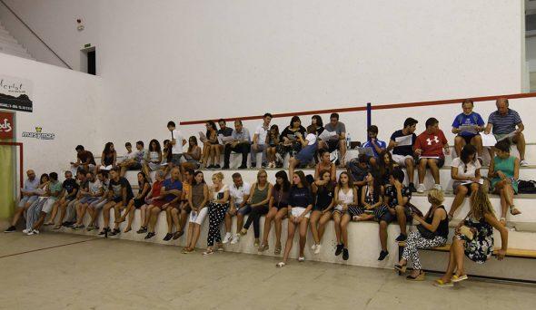 Imatge: Socis del Baleària Dianium assistents a l'última assemblea