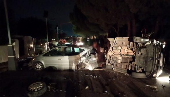 Imagen: Accidente de coche frente Al Khalif